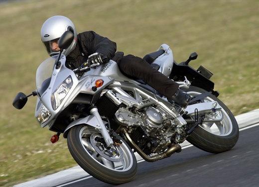 Suzuki SV650 - Foto 12 di 12
