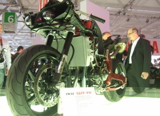 Nuova Yamaha YZF R1 2009 - Foto 11 di 48