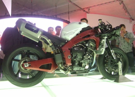 Nuova Yamaha YZF R1 2009 - Foto 13 di 48