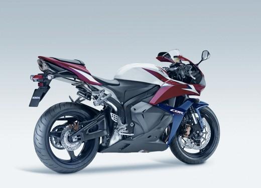 Nuova Honda 600RR 2009 - Foto 9 di 36