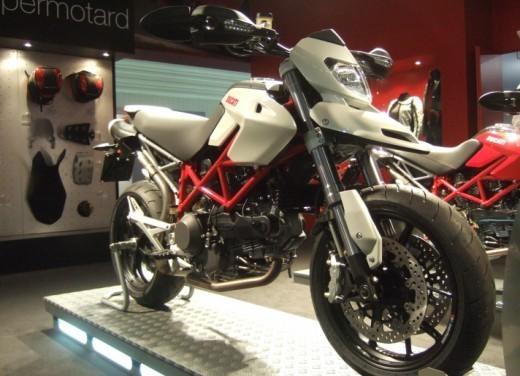 Ducati Hypermotard 1100 – nuovi colori - Foto 11 di 13