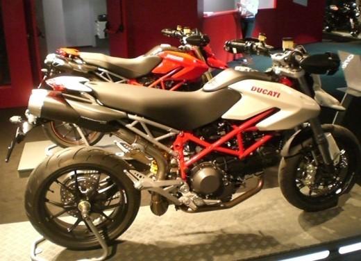 Ducati Hypermotard 1100 – nuovi colori - Foto 9 di 13