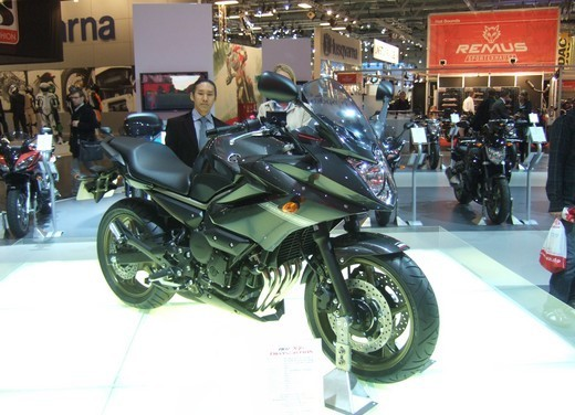 Yamaha XJ6 Diversion - Foto 4 di 26