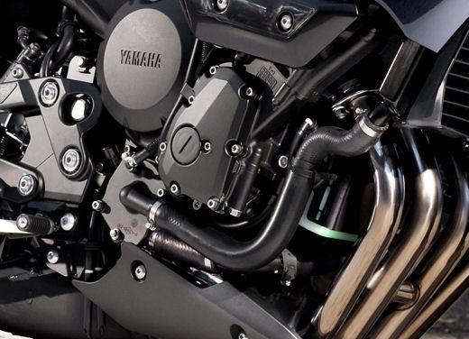 Yamaha XJ6 Diversion - Foto 17 di 26