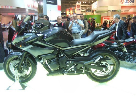Yamaha XJ6 Diversion - Foto 11 di 26