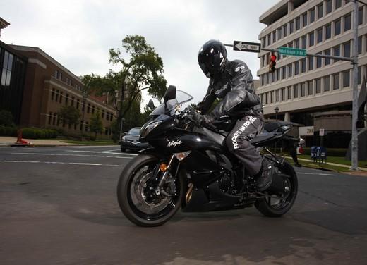 Kawasaki Ninja ZX-6R 2009 - Foto 15 di 25