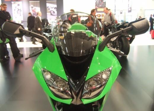 Kawasaki Ninja ZX-10R 2009 - Foto 16 di 19