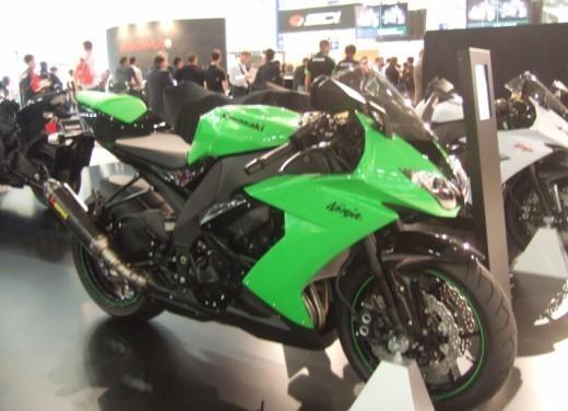 Kawasaki Ninja ZX-10R 2009 - Foto 17 di 19