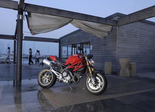 Ducati Monster 1100 S - Foto 13 di 25