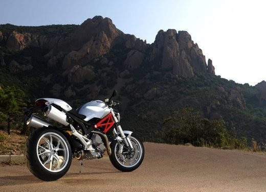 Ducati Monster 1100 S - Foto 19 di 25