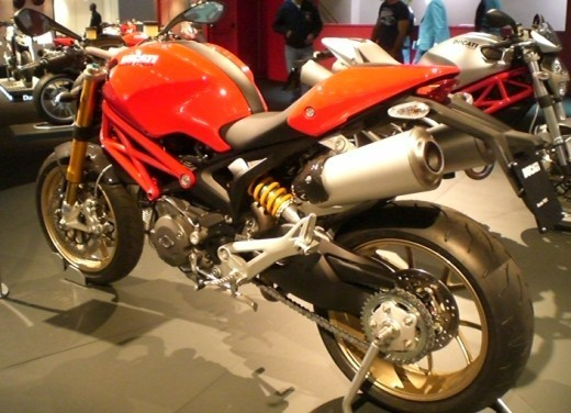 Ducati Monster 1100 S - Foto 22 di 25