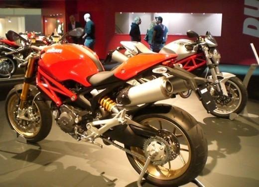 Ducati Monster 1100 S - Foto 23 di 25