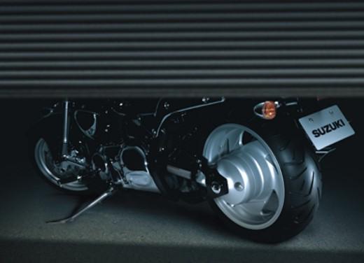 Suzuki Intruder M1500 - Foto 28 di 43