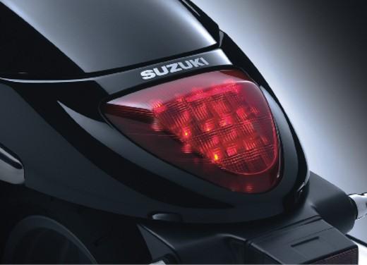 Suzuki Intruder M1500 - Foto 8 di 43