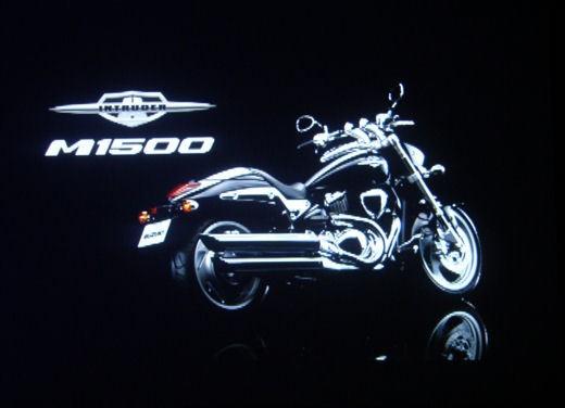 Suzuki Intruder M1500 - Foto 37 di 43