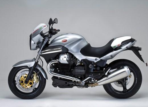 Moto Guzzi 1200 Sport 4V - Foto 17 di 21