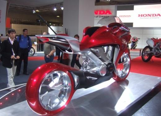 Honda V4 Concept - Foto 10 di 12