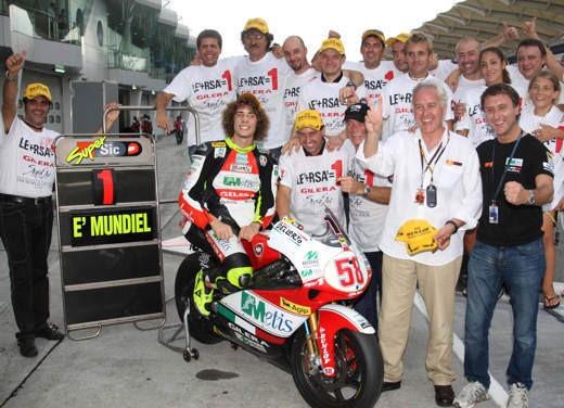 Marco Simoncelli campione del mondo 250 - Foto 8 di 13