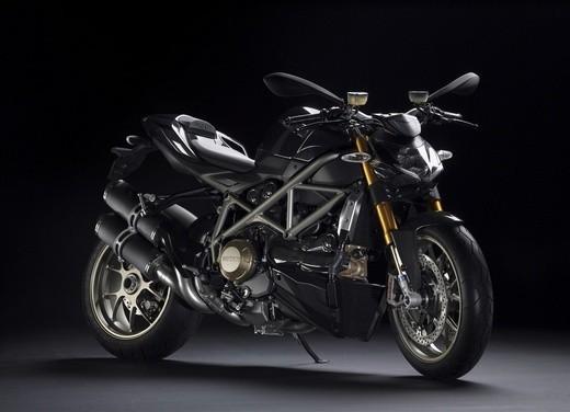 """World Ducati Week 2012: il """"Pianeta dei Campioni"""" alza il sipario - Foto 23 di 34"""