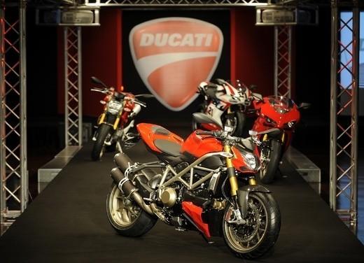 """World Ducati Week 2012: il """"Pianeta dei Campioni"""" alza il sipario - Foto 24 di 34"""