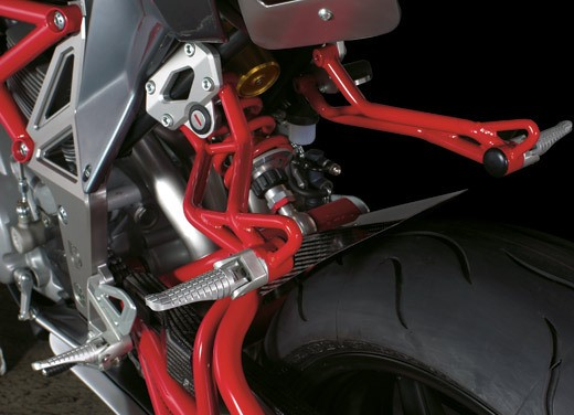 Bimota DB6 Delirio – Test Ride - Foto 5 di 18