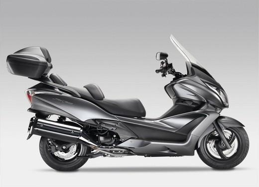 Honda SW-T 400 - Foto 11 di 22