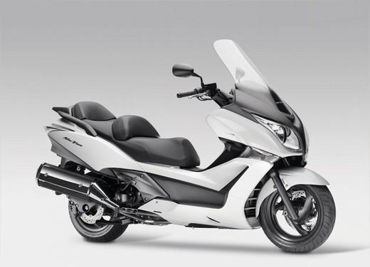 Honda SW-T 400 - Foto 16 di 22