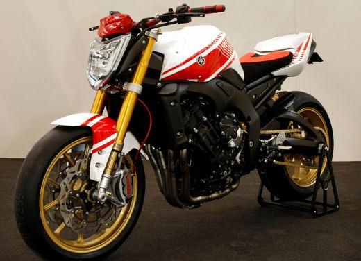 Yamaha FZ1 Concept Bike - Foto 5 di 17