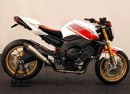 Yamaha FZ1 Concept Bike - Foto 7 di 17