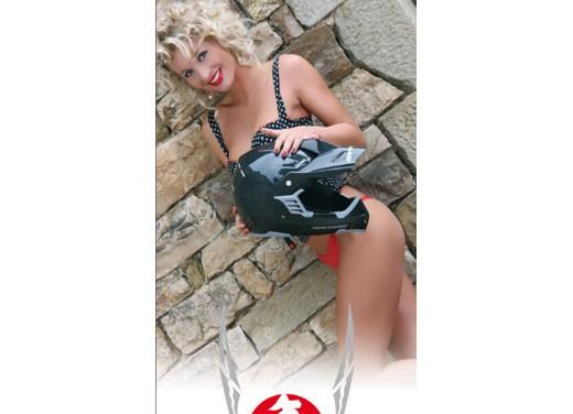 Calendario Marushin Helmets 2009 - Foto 15 di 15