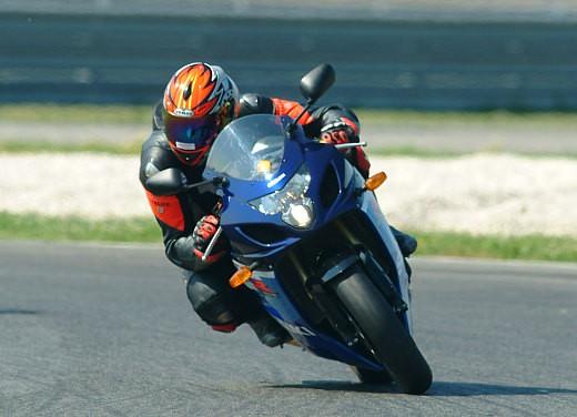 Suzuki GSX-R 600 K5: Test Ride - Foto 7 di 23