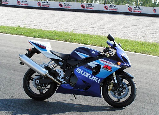 Suzuki GSX-R 600 K5: Test Ride - Foto 10 di 23
