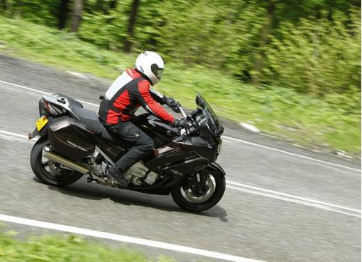 Yamaha FJR 1300 AS: sport tourer all'avanguardia - Foto 5 di 25