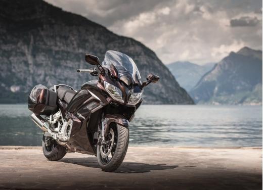 Yamaha FJR 1300 AS: sport tourer all'avanguardia - Foto 16 di 25