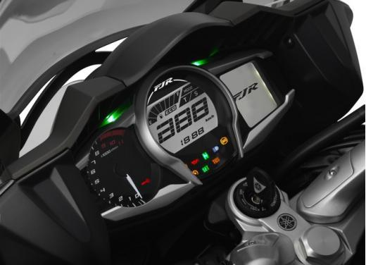 Yamaha FJR 1300 AS: sport tourer all'avanguardia - Foto 20 di 25
