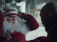 Babbo Natale cambia look nello spot Audi