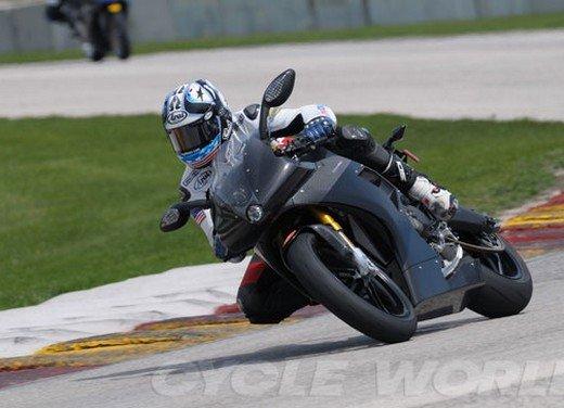 EBR 1190 RS primo test in pista per la nuova moto di Erik Buell