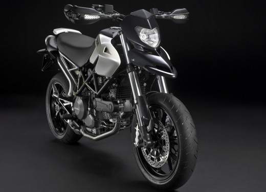 Ducati Hypermotard 796 – Test Ride - Foto 5 di 8