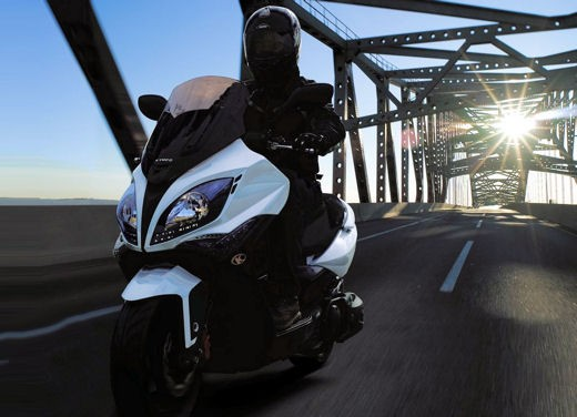 Kymco Xciting 500: Test Ride - Foto 3 di 11