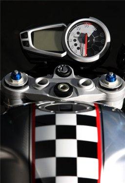 Triumph Ace 675CR Limited Edition - Foto 5 di 9