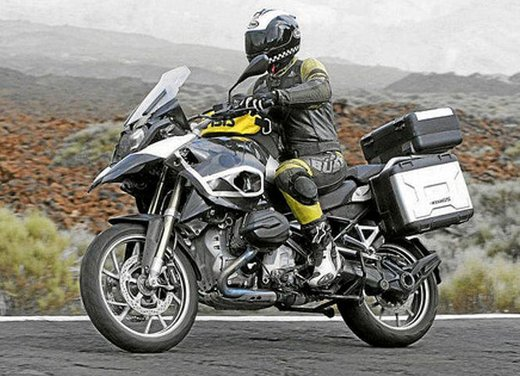 BMW R 1250 GS: foto spia della nuova adventure bike tedesca