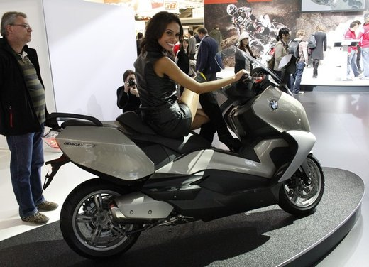 BMW C 650 GT video ufficiale del maxi scooter turistico BMW - Foto 2 di 76