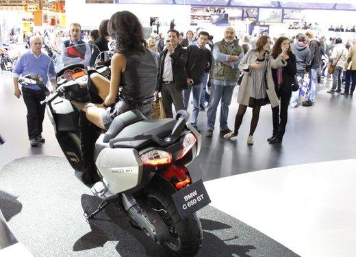 BMW C 650 GT video ufficiale del maxi scooter turistico BMW - Foto 4 di 76