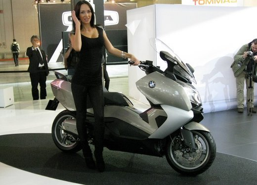 BMW C 650 GT video ufficiale del maxi scooter turistico BMW - Foto 3 di 76