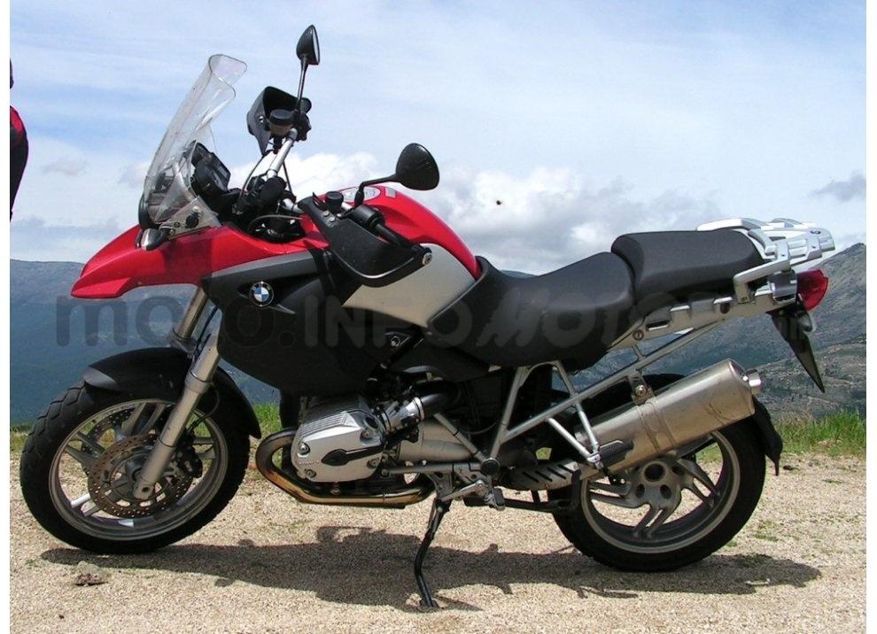 BMW Motorrad richiama 52.000 moto in Italia tra cui la R 1200 GS