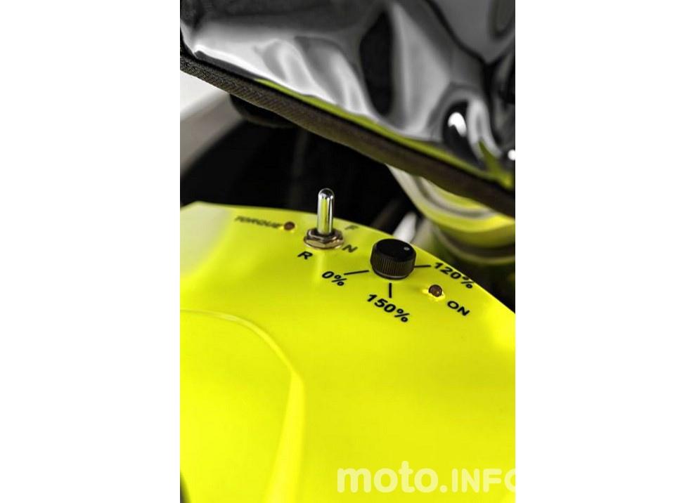 BMW R1200GS Hybrid 2016: Trazione anteriore e due motori - Foto 3 di 16