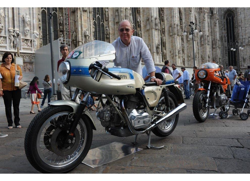 Bollo moto d'epoca: dal 2015 torna la tassa di proprietà per le moto di 20 anni - Foto 5 di 11