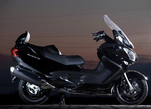 Nuovo Suzuki Burgman 650: la tradizione continua - Foto 15 di 27