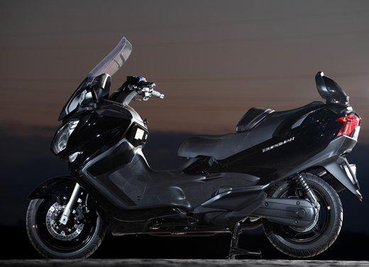 Nuovo Suzuki Burgman 650: la tradizione continua - Foto 17 di 27