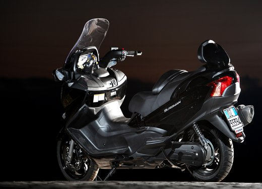 Nuovo Suzuki Burgman 650: la tradizione continua - Foto 22 di 27
